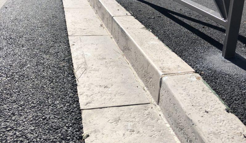 Bordure 15×25 L100 pierre sciéé (T2) complet