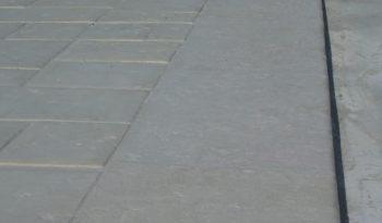 Bordure inclinée 50×15-12 L100 pierre sciée complet