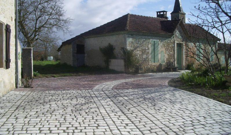 Pavés de voirie 14×21 aspect vieille pierre complet